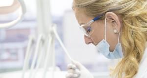 bruxismo, serramento gengivite parodontite perimplantite