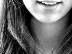 ortodonzia linguale igiene orale giovane sorriso diagnosi chirurgia ortognatica