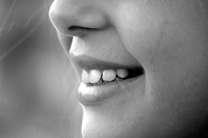 mese della prevenzione dentale andi sorriso giovane ortodonzia linguale