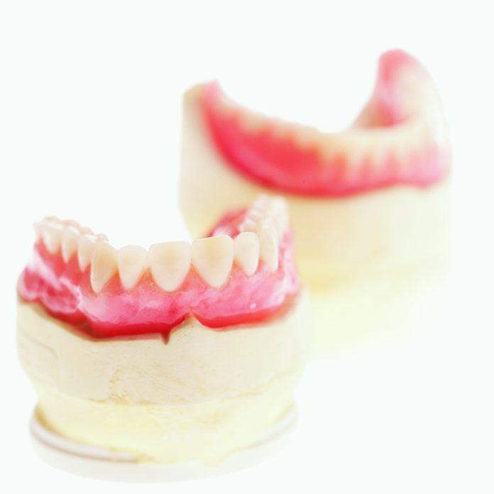 DM_il-dentista-moderno_paziente-totalmente-edentulo-anamnesi