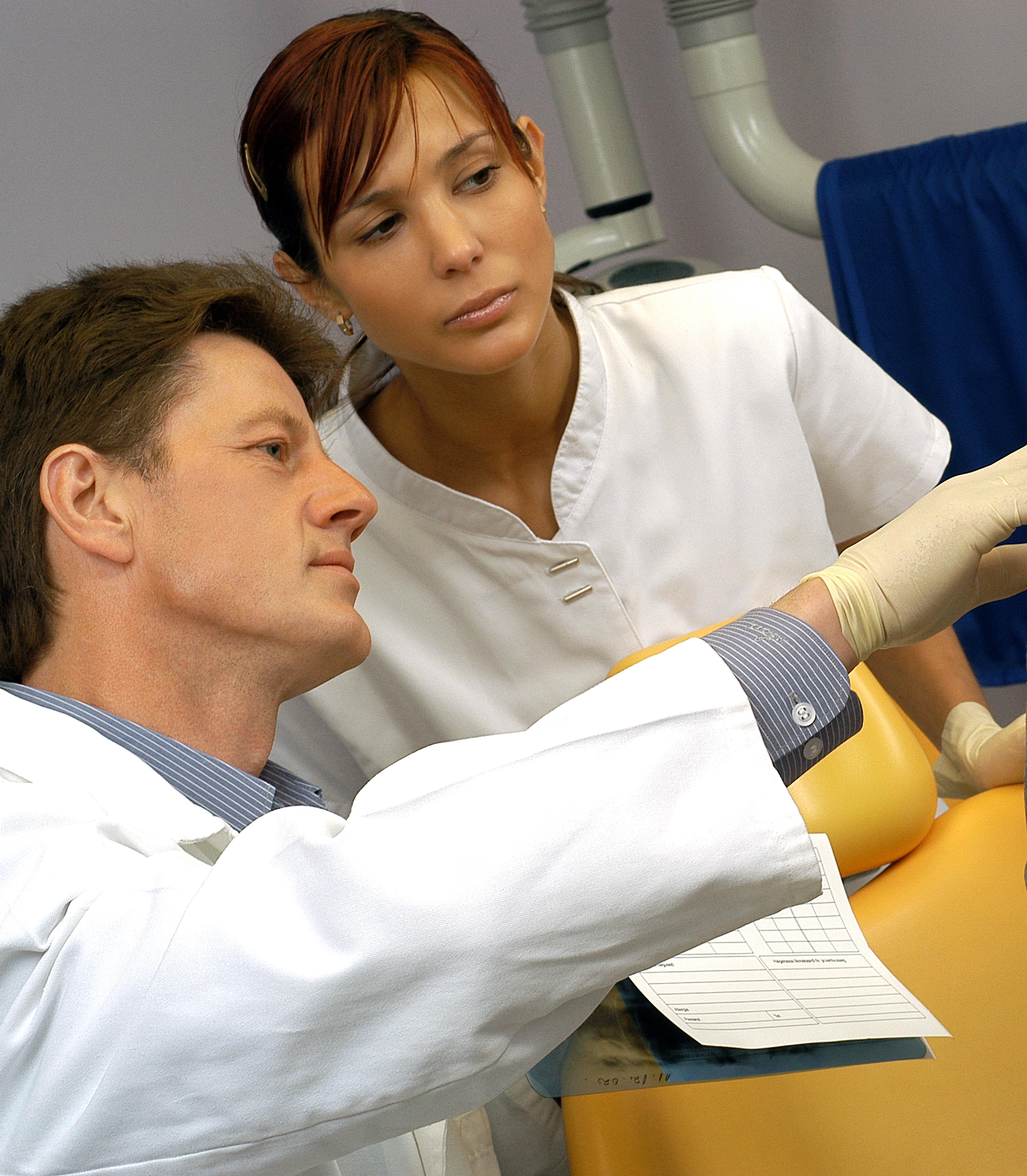 enpam-odontoiatri-medici-lesioni ulcercative multiple del cavo orale_specialista