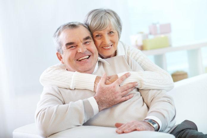 Implantologia e osteointegrazione nel paziente anziano: aspetti biologici