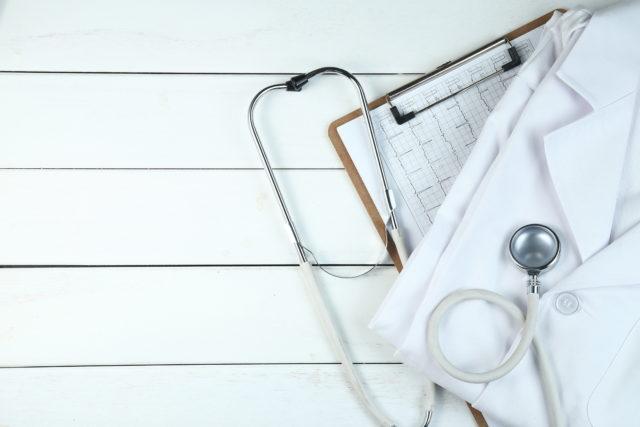Nel caso di estrazione del primo molare: esiste un timing evidence based?