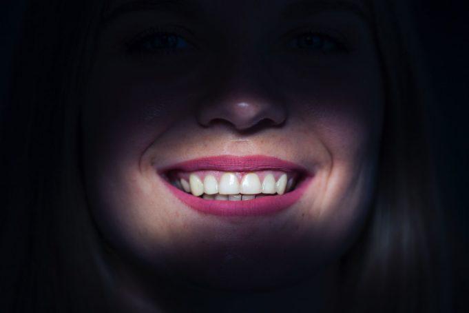 Evoluzione nei materiali dentari zirconia monolitica ad alta traslucenza