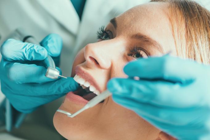 DM_IL DENTISTA MODERNO_i sistemi di ingrandimento ed il microscopio in endodonzia e nel ritrattamento