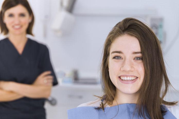 DM_ il dentista moderno_terapia non chirurgica_biomateriali