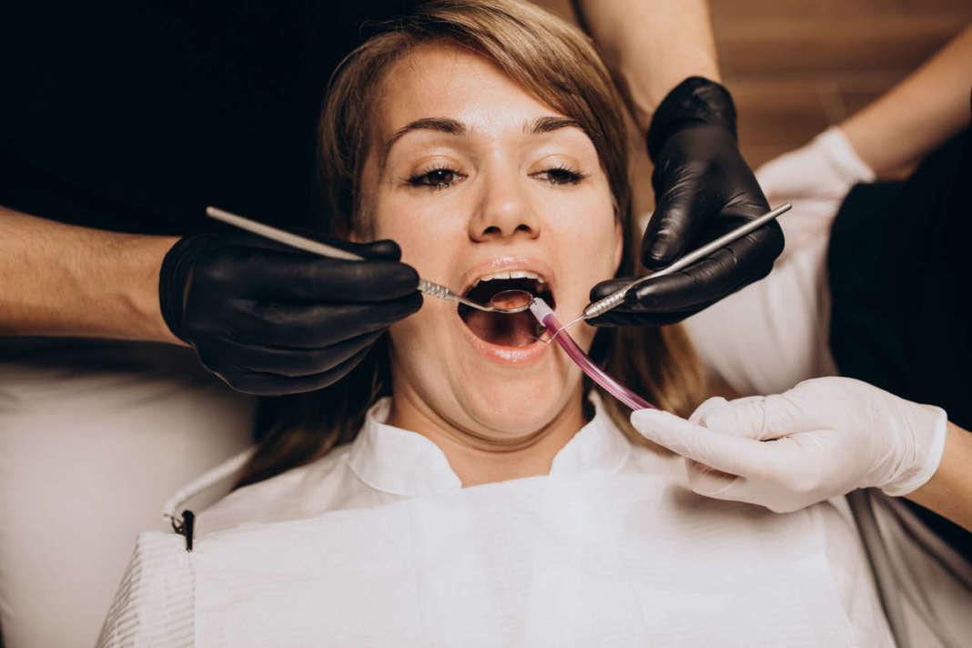 DM_il-dentista-moderno_recessioni-gengivali.jpg
