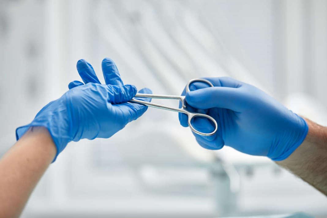 DM_il-dentista-modero_Stabilità-dell'innesto-di-tessuti-molli-in-presenza-di-mucosa-cheratinizzata-deficitaria-.jpg