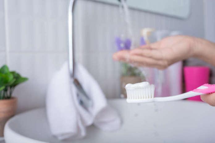 DM_il dentista moderno_fluoro_acqua